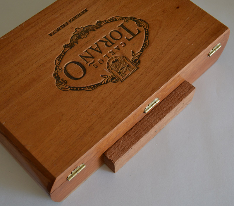 cigar box plein air paint box